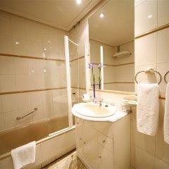 Отель Aparthotel Quo Eraso Мадрид ванная фото 2