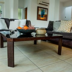 Отель Konnos Beach Villa No 5 интерьер отеля