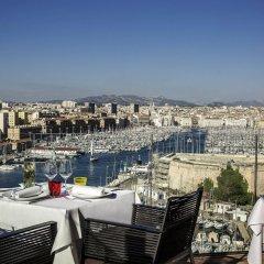 Отель Sofitel Marseille Vieux Port Франция, Марсель - 2 отзыва об отеле, цены и фото номеров - забронировать отель Sofitel Marseille Vieux Port онлайн балкон