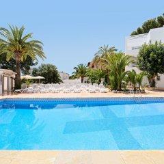 Azuline Hotel Palmanova Garden бассейн