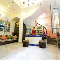 Отель Madam Moon Hotel Вьетнам, Ханой - отзывы, цены и фото номеров - забронировать отель Madam Moon Hotel онлайн интерьер отеля фото 2