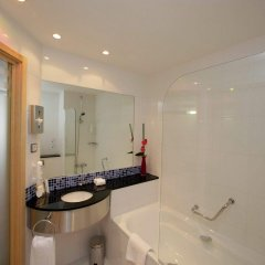Отель Holiday Inn Express Barcelona City 22@ ванная