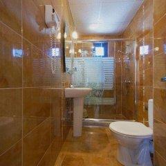 Отель В Американском Отеле Болгария, Поморие - отзывы, цены и фото номеров - забронировать отель В Американском Отеле онлайн ванная