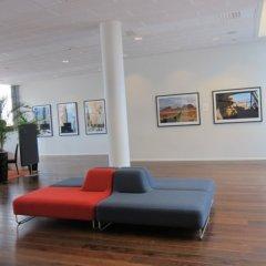 Отель Park Inn by Radisson Malmö Швеция, Мальме - 3 отзыва об отеле, цены и фото номеров - забронировать отель Park Inn by Radisson Malmö онлайн интерьер отеля фото 2
