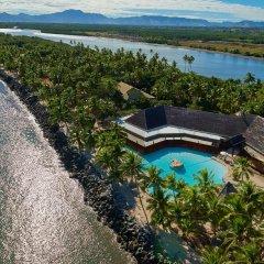 DoubleTree Resort by Hilton Hotel Fiji - Sonaisali Island пляж