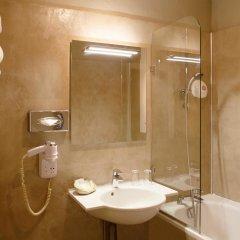 Отель Hôtel de la Motte Picquet Франция, Париж - отзывы, цены и фото номеров - забронировать отель Hôtel de la Motte Picquet онлайн ванная фото 2