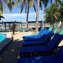 Отель Anchorage Beach Resort Фиджи, Вити-Леву - отзывы, цены и фото номеров - забронировать отель Anchorage Beach Resort онлайн бассейн фото 3