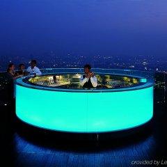 Отель lebua at State Tower Таиланд, Бангкок - 5 отзывов об отеле, цены и фото номеров - забронировать отель lebua at State Tower онлайн бассейн фото 2