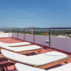 Отель Apartamentos Carlos V бассейн