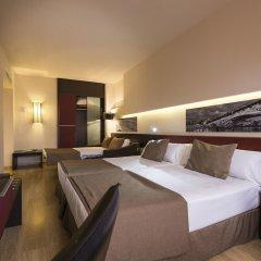 Отель Ayre Hotel Sevilla Испания, Севилья - 2 отзыва об отеле, цены и фото номеров - забронировать отель Ayre Hotel Sevilla онлайн сейф в номере