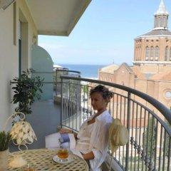 Отель Bellariva Feeling Hotel Италия, Римини - отзывы, цены и фото номеров - забронировать отель Bellariva Feeling Hotel онлайн балкон