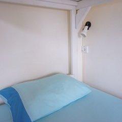Ananas Phuket Hostel комната для гостей фото 2