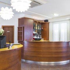 Отель CARNABY Римини интерьер отеля фото 3