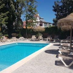 Отель Casa do Alto бассейн