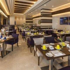 Отель Golden Tulip Al Thanyah питание