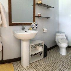 Отель Hakamanu Lodge Французская Полинезия, Тикехау - отзывы, цены и фото номеров - забронировать отель Hakamanu Lodge онлайн ванная