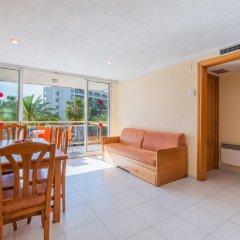 Отель Apartamentos Los Peces Rentalmar Испания, Салоу - 1 отзыв об отеле, цены и фото номеров - забронировать отель Apartamentos Los Peces Rentalmar онлайн комната для гостей фото 5