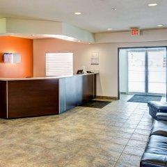 Отель Travelodge Southampton Central интерьер отеля