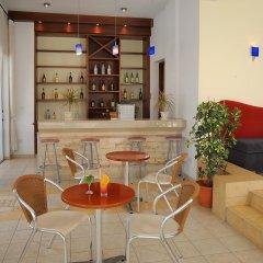 Petrosana Hotel Apartments гостиничный бар
