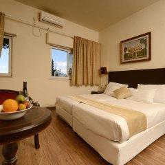 Отель Little House In Rechavia Иерусалим комната для гостей фото 2