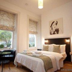 Апартаменты Studios 2 Let Serviced Apartments - Cartwright Gardens комната для гостей