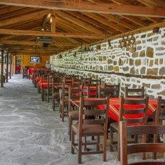 Отель Arbanashki Han Hotelcomplex Велико Тырново помещение для мероприятий