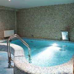 Гостиница Алеша Попович Двор бассейн