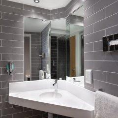 Отель Holiday Inn Express Strathclyde Park M74 JCT 5 Великобритания, Глазго - отзывы, цены и фото номеров - забронировать отель Holiday Inn Express Strathclyde Park M74 JCT 5 онлайн ванная