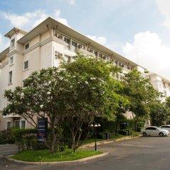 Отель Synsiri Resort Таиланд, Бангкок - отзывы, цены и фото номеров - забронировать отель Synsiri Resort онлайн парковка