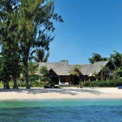 Отель Maradiva Villas Resort and Spa пляж фото 2
