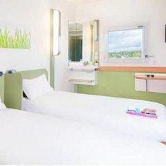 Отель ibis budget Paris Porte de Bercy Франция, Шарантон-ле-Пон - отзывы, цены и фото номеров - забронировать отель ibis budget Paris Porte de Bercy онлайн комната для гостей фото 2
