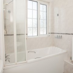 Отель 3Bed House 3 Minutes from Hoxton Station ванная