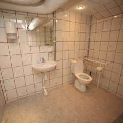 Отель Hostels By Nordic Швеция, Стокгольм - 6 отзывов об отеле, цены и фото номеров - забронировать отель Hostels By Nordic онлайн ванная