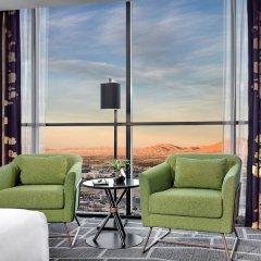 Отель Luxor Hotel and Casino США, Лас-Вегас - 10 отзывов об отеле, цены и фото номеров - забронировать отель Luxor Hotel and Casino онлайн балкон