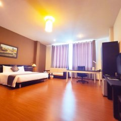Azumaya Hai Ba Trung 1 Hotel комната для гостей