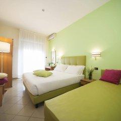 Hotel Ostuni Римини комната для гостей фото 3
