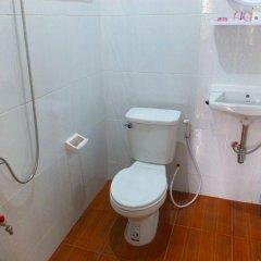 Отель D D Guest House Паттайя ванная