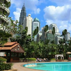 Shangri-La Hotel - Kuala Lumpur бассейн фото 2