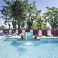 Hotel Bikini бассейн