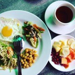 Отель Aarya Chaitya Inn Непал, Катманду - отзывы, цены и фото номеров - забронировать отель Aarya Chaitya Inn онлайн питание