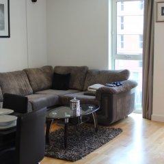 Апартаменты Stratford Luxury Apartment комната для гостей фото 4