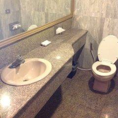 Отель Suda Palace Бангкок ванная