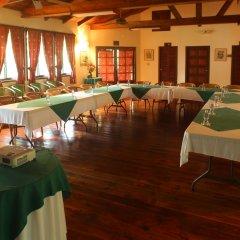Отель The Lodge at Pico Bonito