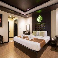 Отель Mandawee Resort & Spa сейф в номере