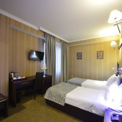 Гостиница Астория Тбилиси сейф в номере