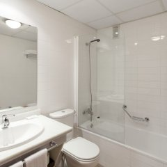 Отель Apartamentos Vértice Bib Rambla Испания, Севилья - отзывы, цены и фото номеров - забронировать отель Apartamentos Vértice Bib Rambla онлайн ванная фото 2