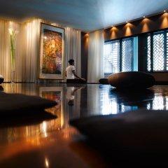 Отель Hilton Evian-les-Bains фитнесс-зал