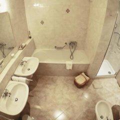 Hotel Starkenberg Сцена ванная