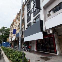 Отель ZEN Rooms Titiwangsa Sentral Малайзия, Куала-Лумпур - отзывы, цены и фото номеров - забронировать отель ZEN Rooms Titiwangsa Sentral онлайн парковка