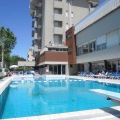 Отель Ascot & Spa Италия, Римини - отзывы, цены и фото номеров - забронировать отель Ascot & Spa онлайн бассейн фото 2